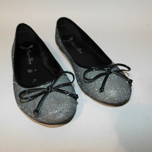 Penny Loves Kenny Silver Ballet Flats size 7M